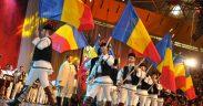 Junii Sibiului au oferit spectacolul tradițional de Ziua Națională a României