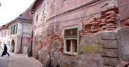 Primăria Sibiu ia noi măsuri în cazul imobilelor degradate din centrul istoric