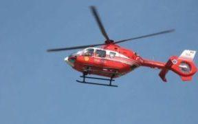 VIDEO: Elicopterul SMURD preia un tânăr cu probleme medicale de la cabana Suru