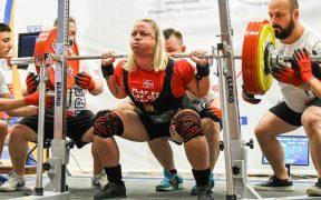 Spectacol la Campionatul European de Powerlifting