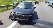 VIDEO - FOTO: A derapat din cauza vitezei și a lovit un parapet de pe autostrada A1