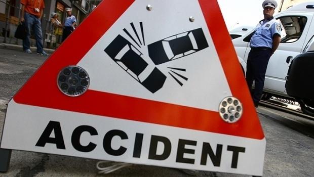 Pieton lovit de o mașină pe strada Octavian Goga