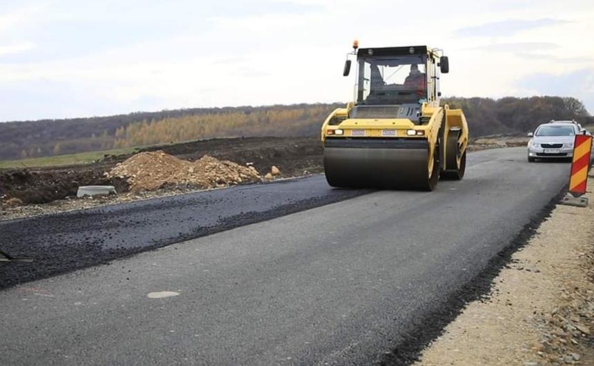 Consiliul Județean a lansat licitația privind lucrările de modernizare a două drumuri județene