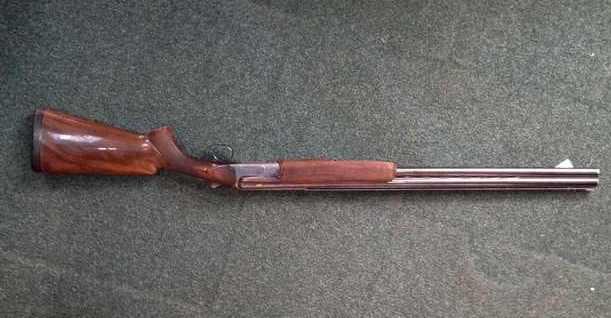 Sibieni opriți în trafic după ce au apărut informații că transportă o armă de vânătoare furată