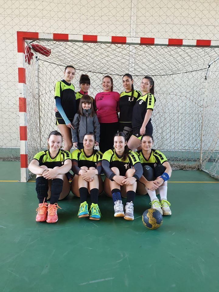 Handbalul este sportul rege la Liceul Teoretic Axente Sever Mediaș