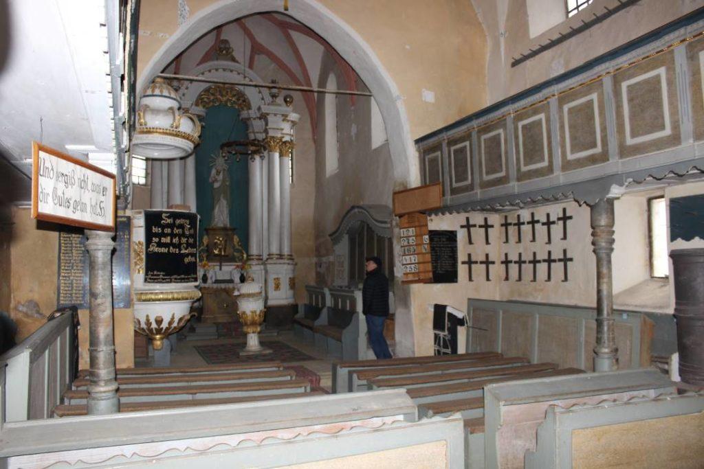 Salvatorii de monumente încep lucrările la Biserica Fortificată din Ruja