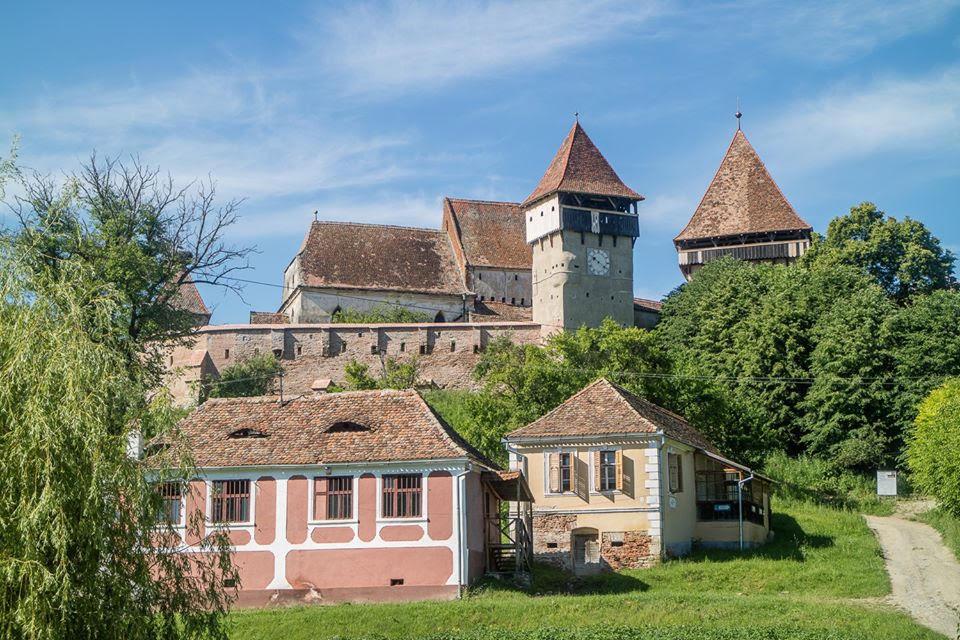 Biserica fortificată din satulul Alma Vii, comuna Moșna, județul Sibiu intra în renovare