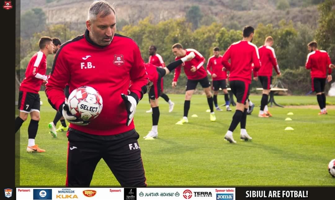 Printre sărbătoriții de astăzi este și Florin Berța, antrenorul cu portarii de la FCH