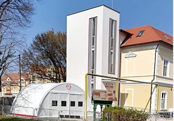 Foto | Noi corturi de triaj la Spitalul Clinic Județean Sibiu