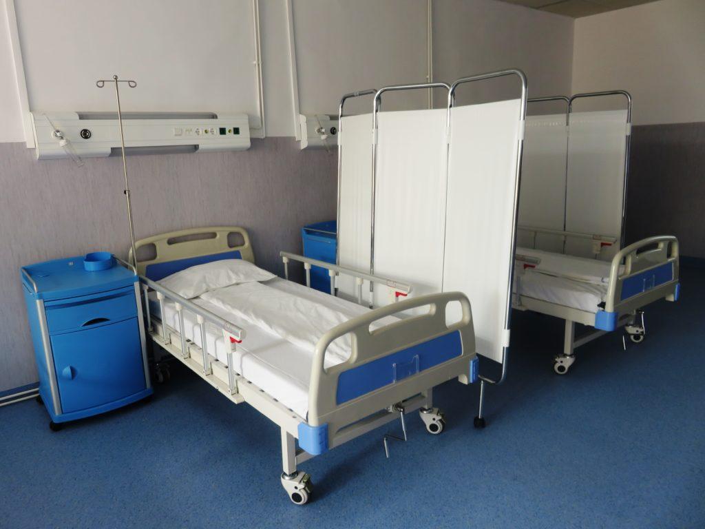 Spitalul Clinic Județean de Urgență Sibiu dispune de 560 de paturi dotate cu sistem de oxigen și 30 de ventilatoare