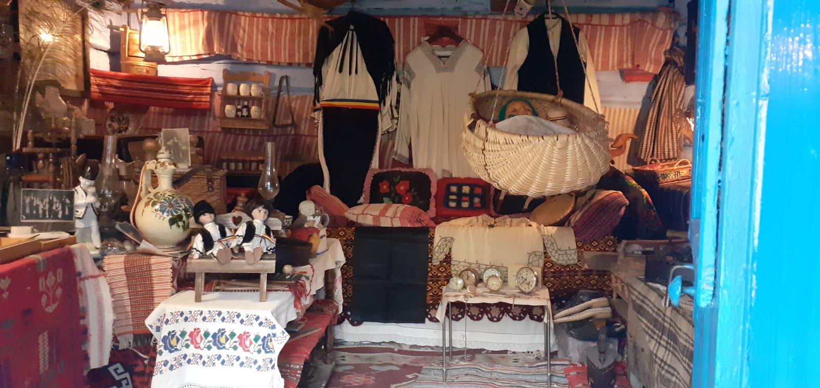 Foto- Video | Povești ale trecutului din muzeul lui Nea Pavel