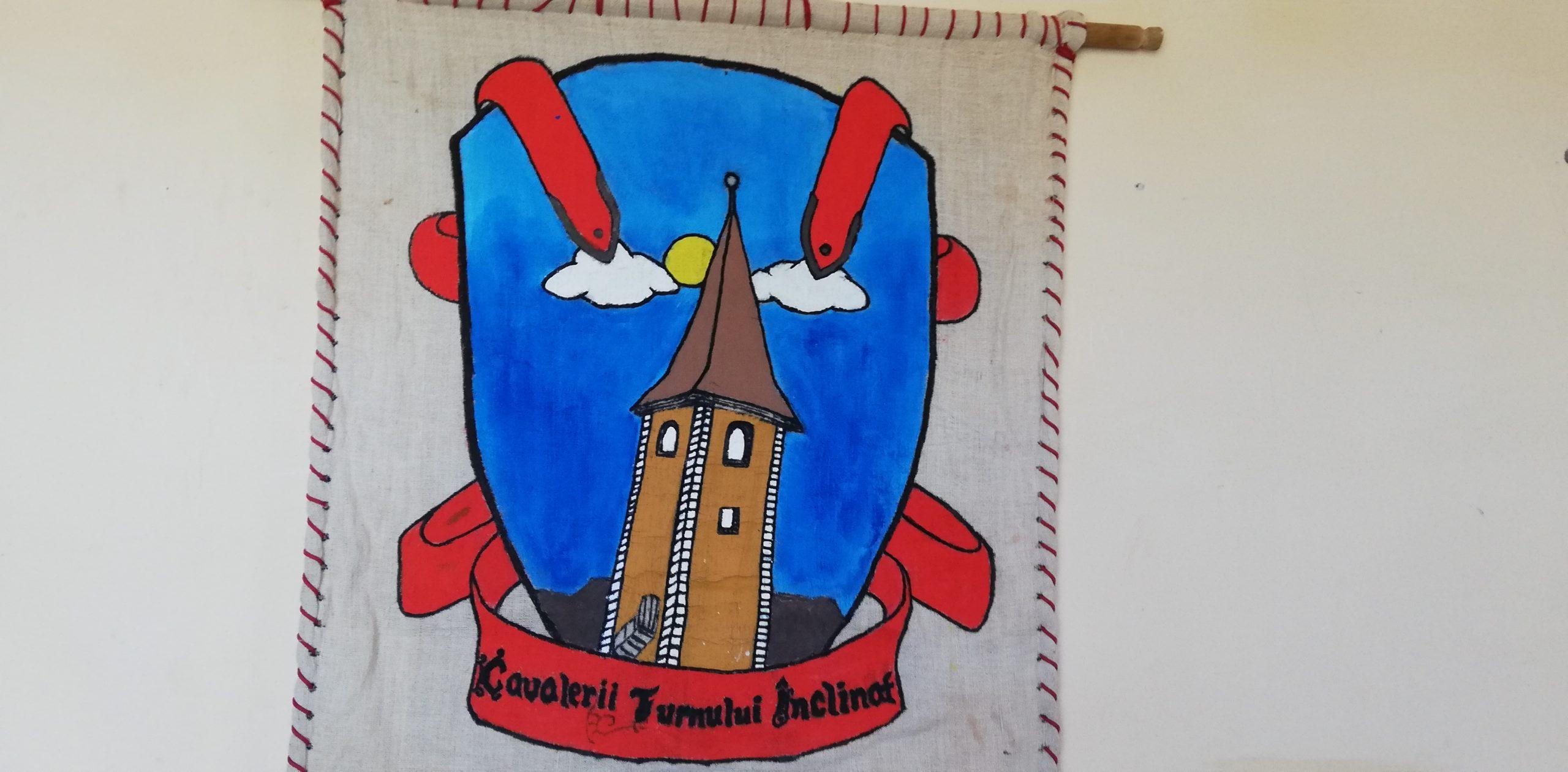 """Cavaleri, Scutieri și Domnițe """"apără"""" Turnul Înclinat din Ruși"""