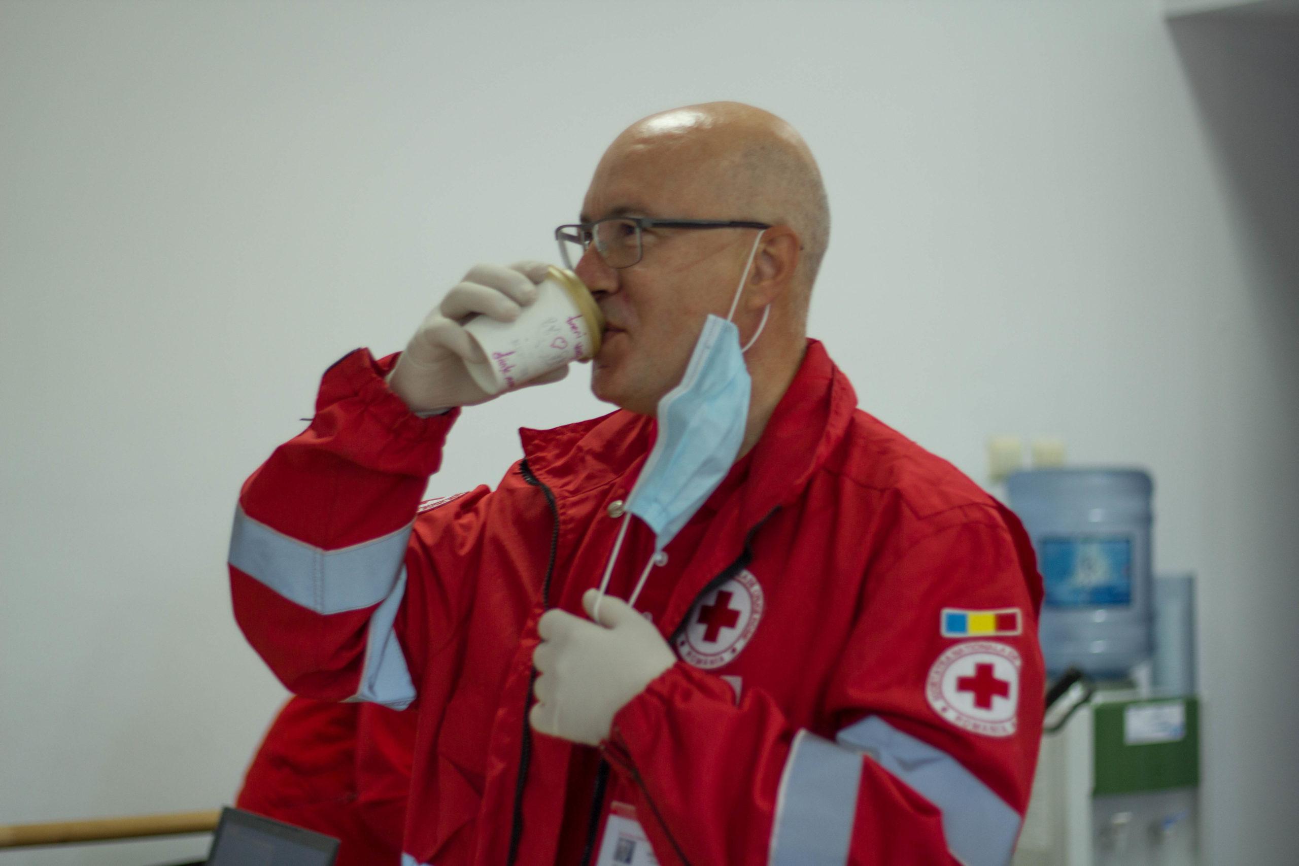 Foto | Crucea Roșie Sibiu merită aplauzele noastre pentru eforturile lor