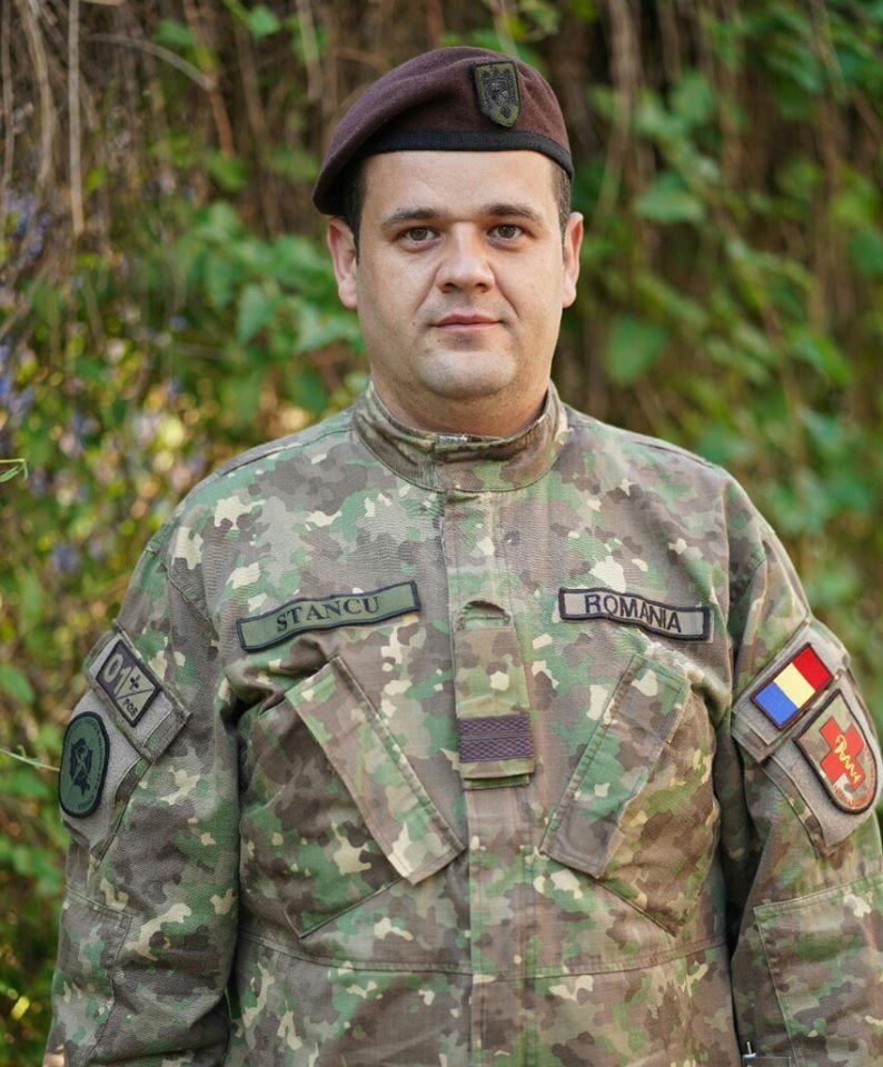 Subofițerul sanitar Alin Stancu reprezintă Sibiul în lupta cu COVID-19 în spitale din Republica Moldova