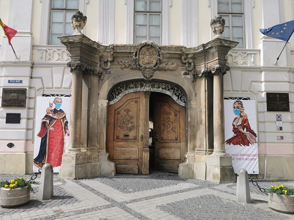 Doliu la Muzeul Național Brukenthal din Sibiu