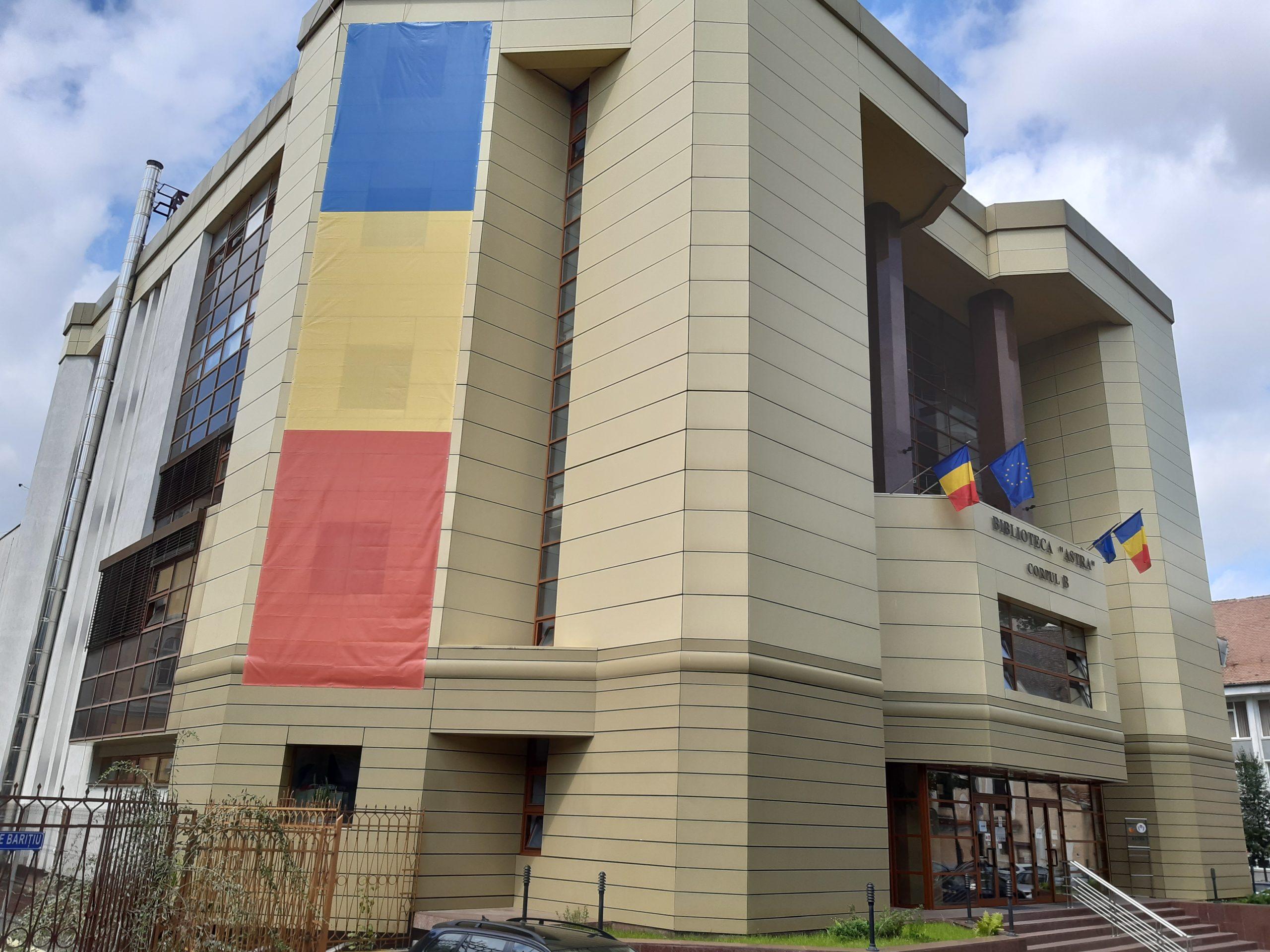 Ziua Drapelului Național al României este sărbătorită prin ilustrații la Biblioteca Astra