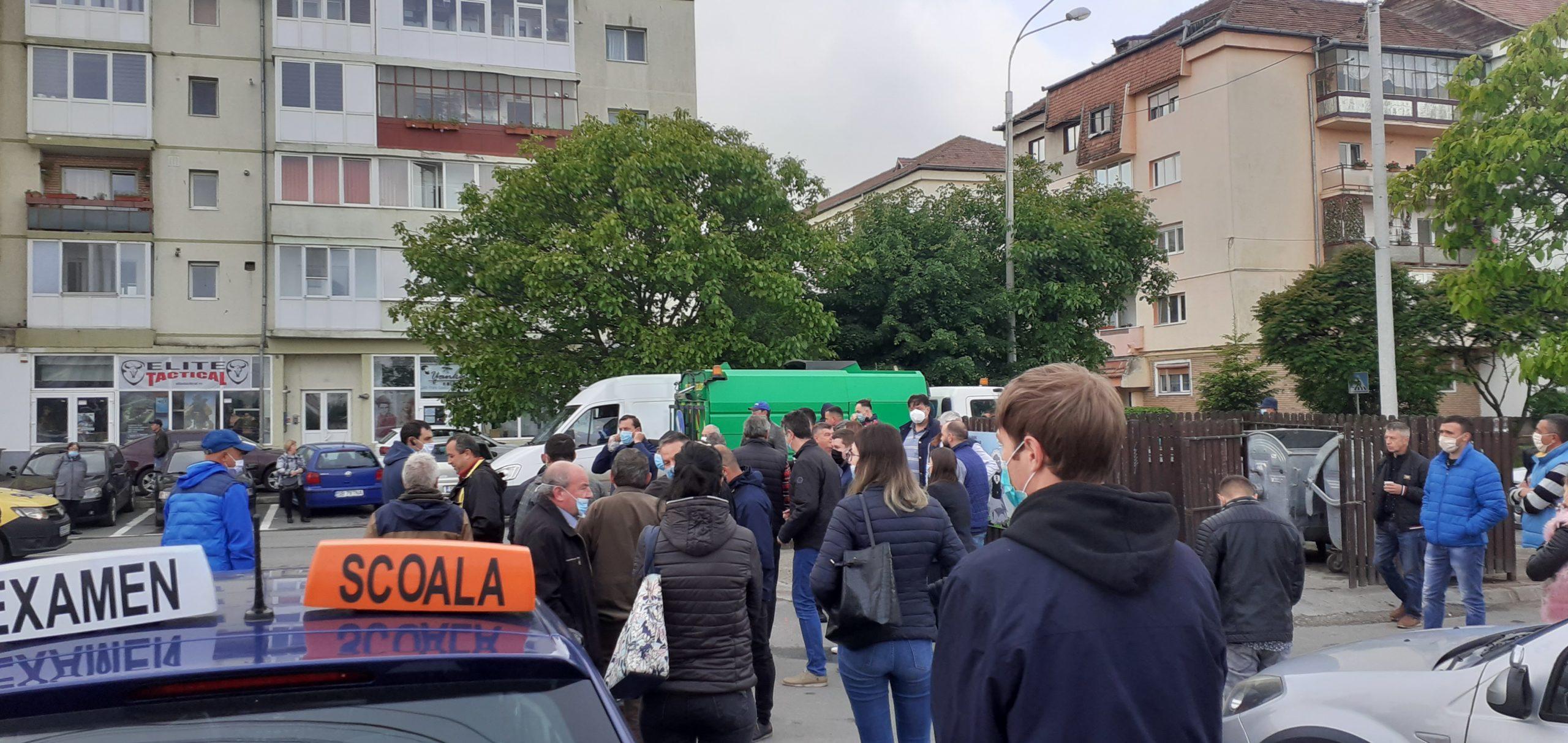 Foto/Video   Din nou la Școală, 61 de candidați au susținut examenul auto
