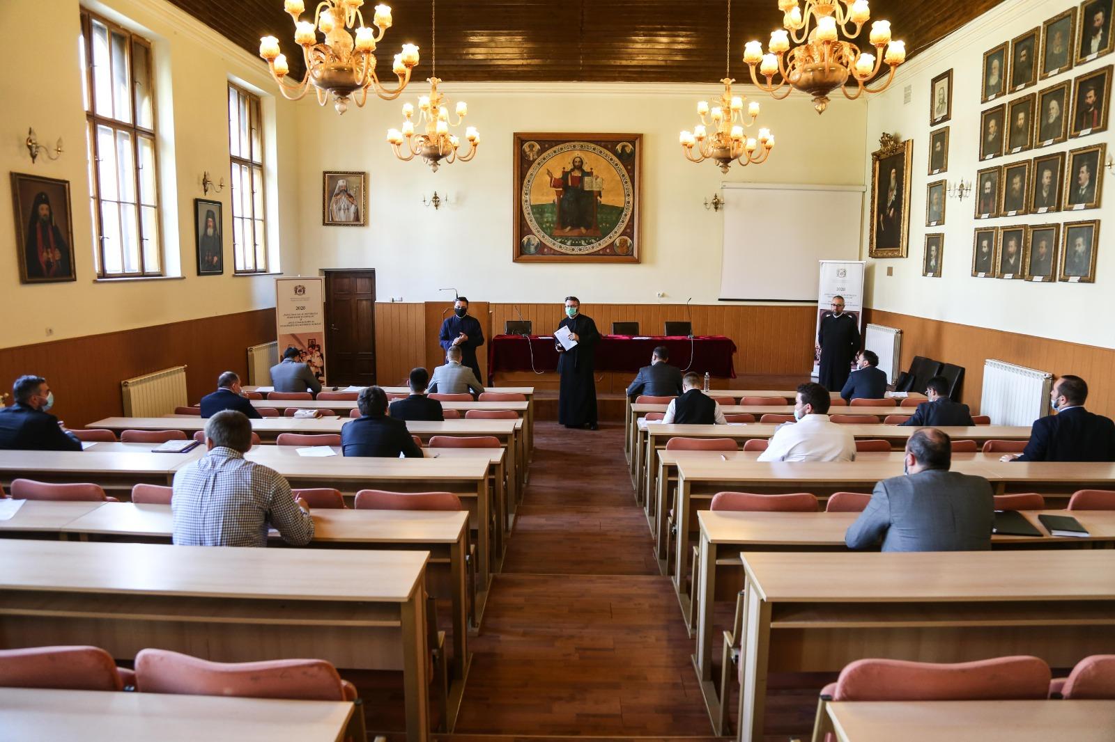 FOTO | 18 candidați au susținut examenul de capacitate preoțească