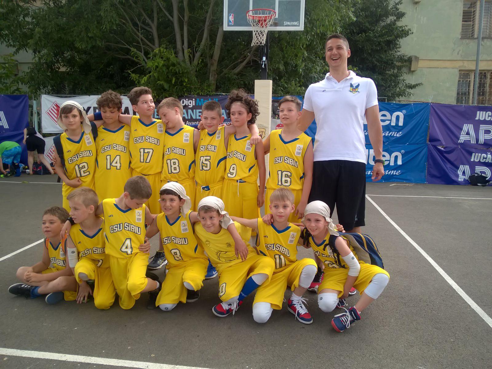 Alexandru Rubint- antrenor juniori BC CSU Sibiu: Rolul antrenorului este și de a modela viitorii adulți