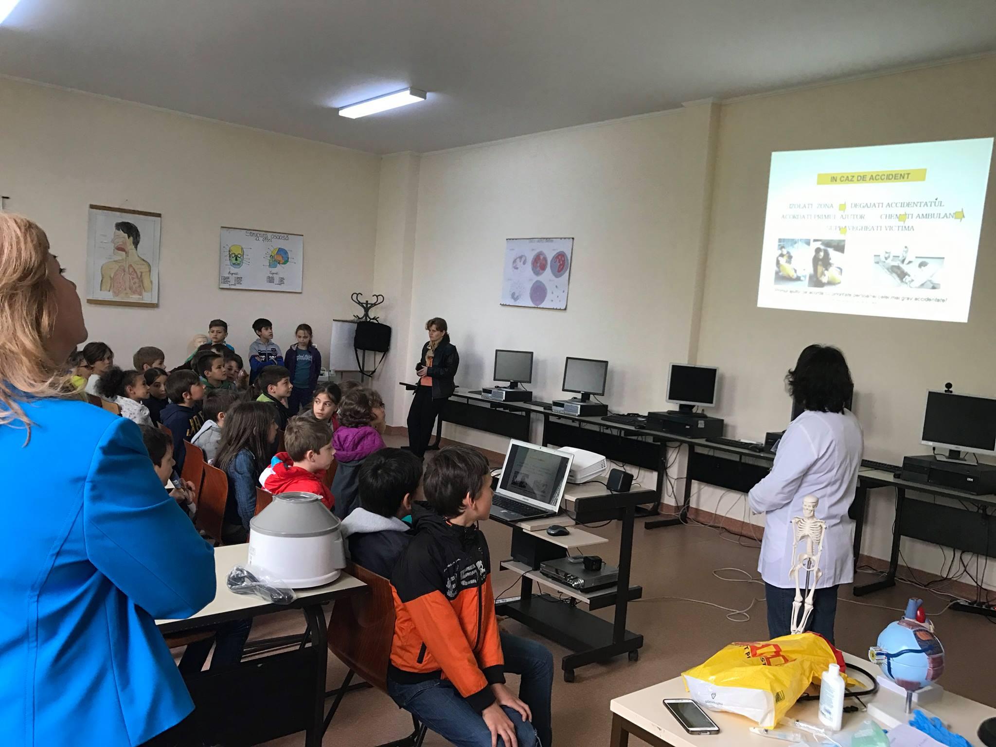 Școala Postliceală Sanitară Hygeia din Sibiu scoate la concurs 60 de locuri