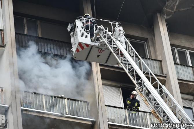 Incendiu la un apartament pe Calea Șurii Mici
