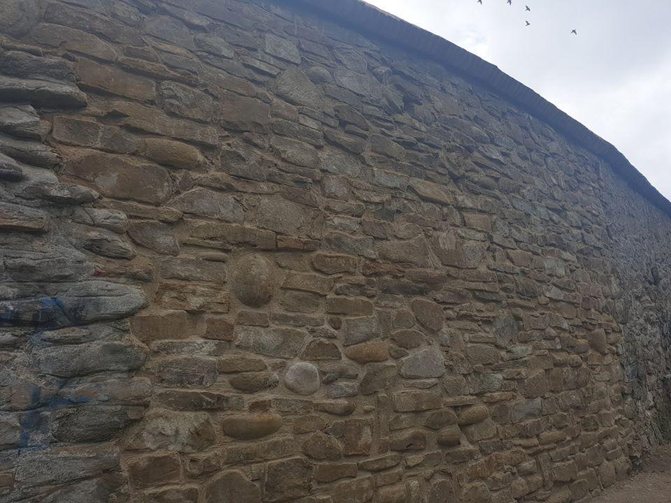 Ambulanța pentru Monumente a refăcut zidul prăbușit din Cetatea Sighișoara