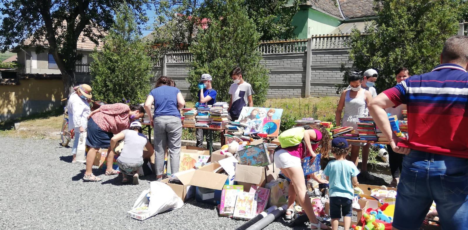 Bazar pentru Șura Culturală Gușterița- 6032 lei (suma strânsă)