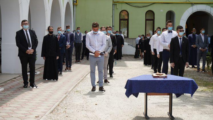 Absolvenţii Facultăţii de Teologie Ortodoxă din Sibiu au depus jurământul de credință