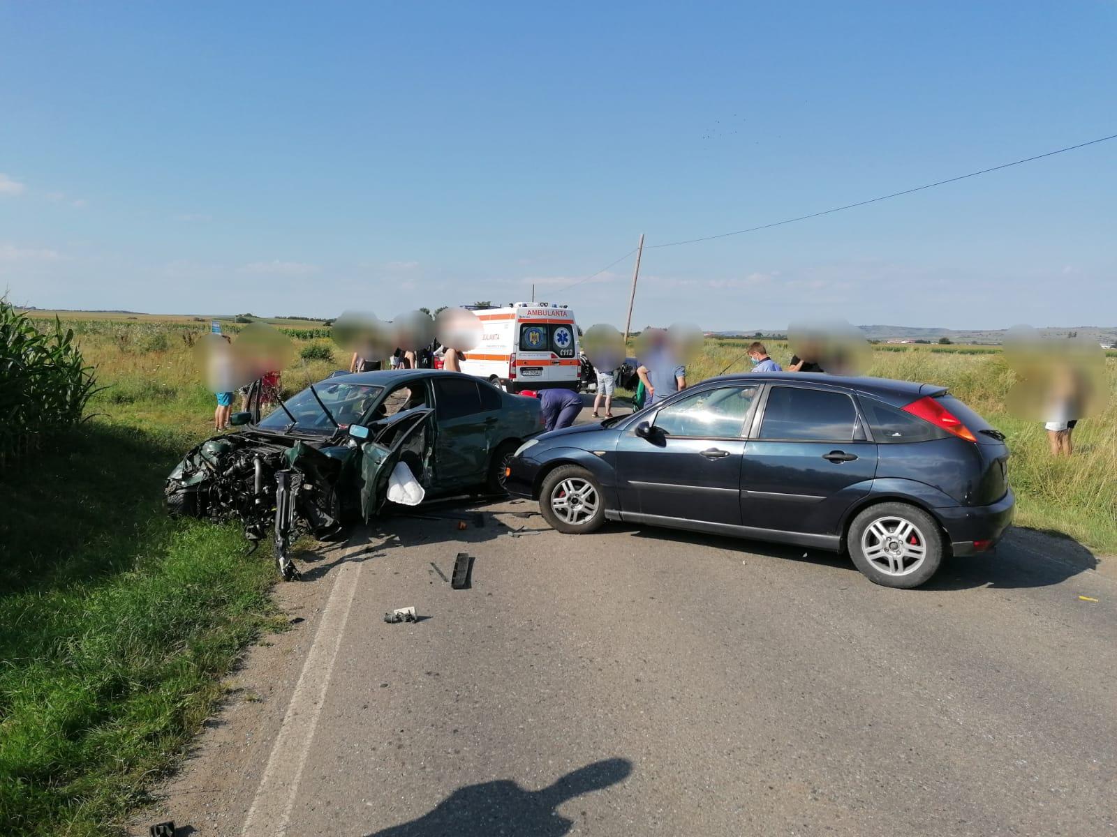 3 autoturisme implicate într-un accident rutier produs între Sura Mică și Ocna Sibiului