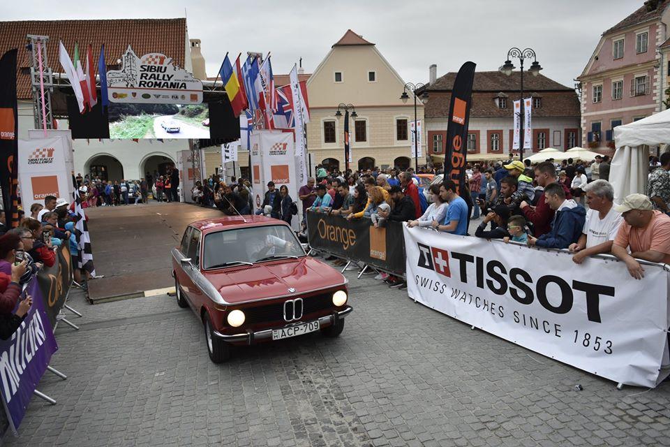 Timp de trei zile, mașini care au scris istorie vor concura pe cele mai frumoase drumuri din Sibiu