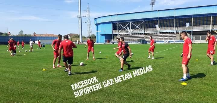 După o mini-vacanță de câteva zile, lotul echipei Gaz Metan a reluat antrenamentele