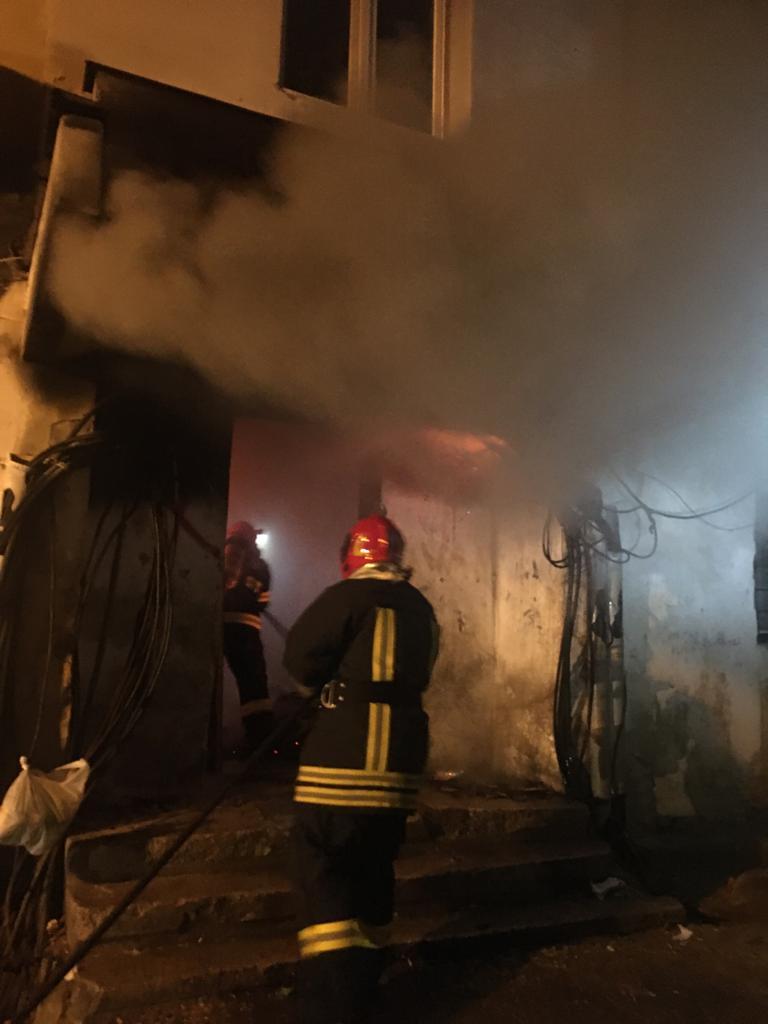 15 pompieri militari au intervenit la stingerea unui incendiu în Mediaș