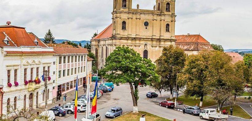 Cheltuieli mari și realizări infime la Primăria Dumbrăveni