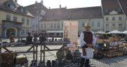 """Olarii """"pun stăpânire"""" pe Piața Mare și Piața Mică"""