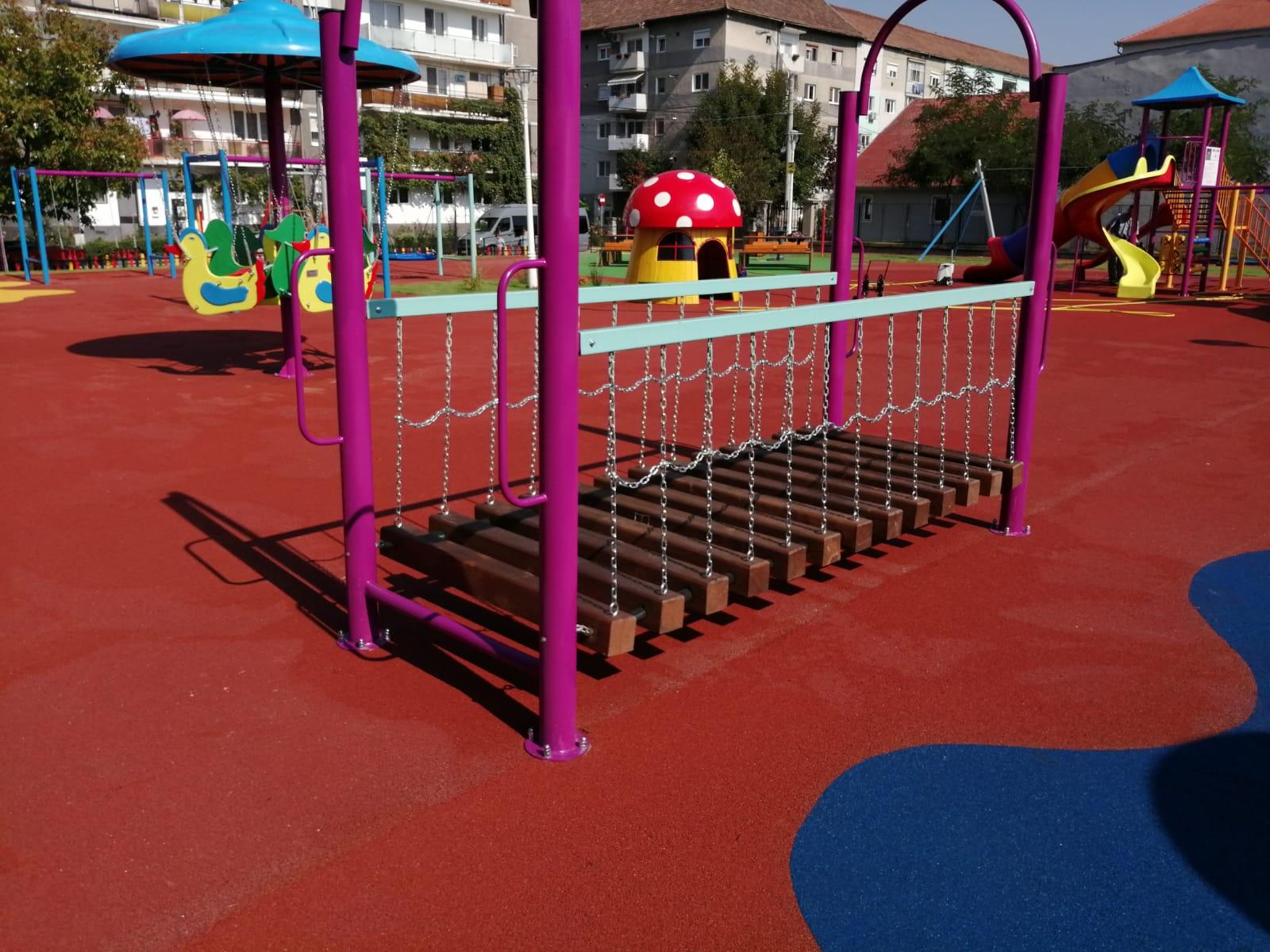 A fost finalizat cel mai recent și modern loc de joacă din municipiul Mediaș