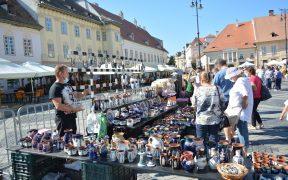 Timp de două zile, Piaţa Mare şi Piaţa Mică ale Sibiului au fost gazde bune pentru olari cu renume