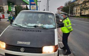 FOTO- Acțiuni pe raza întregului judeţ pentru verificarea legalității efectuării transportului de marfă și persoane
