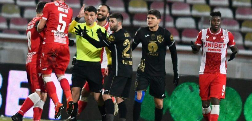 Gaz Metan a fost învinsă de Dinamo cu 2-1