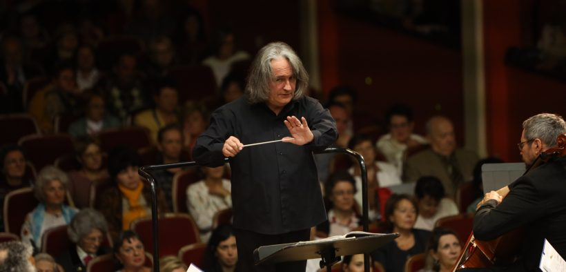 Maestrul Horia Andreescu revine pe scena Filarmonicii Sibiu