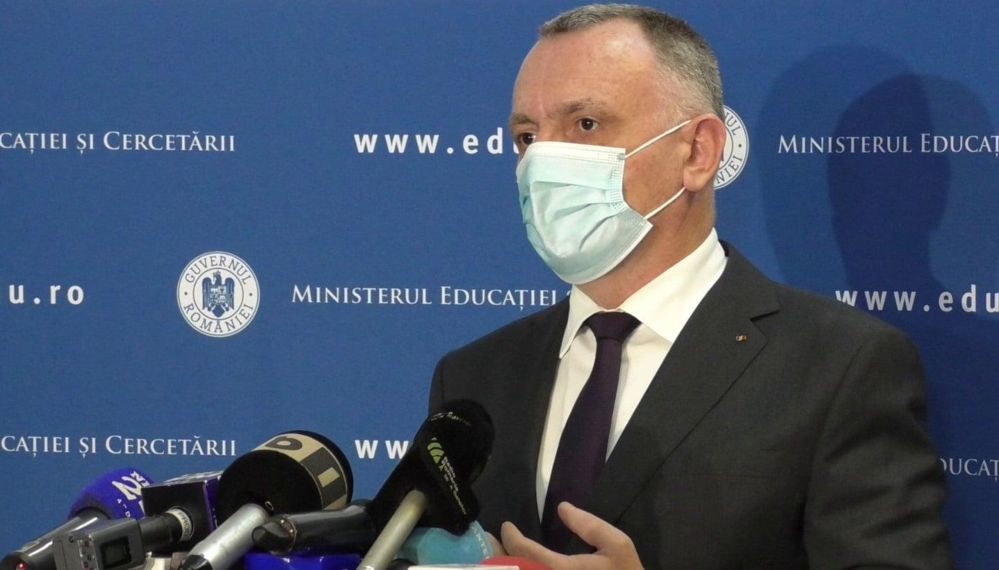 Ministrul Educație susține că 168.000 de persoane din sistemul de educaţie doresc să se vaccineze