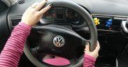 Șoferiță de ocazie, dar fără permis