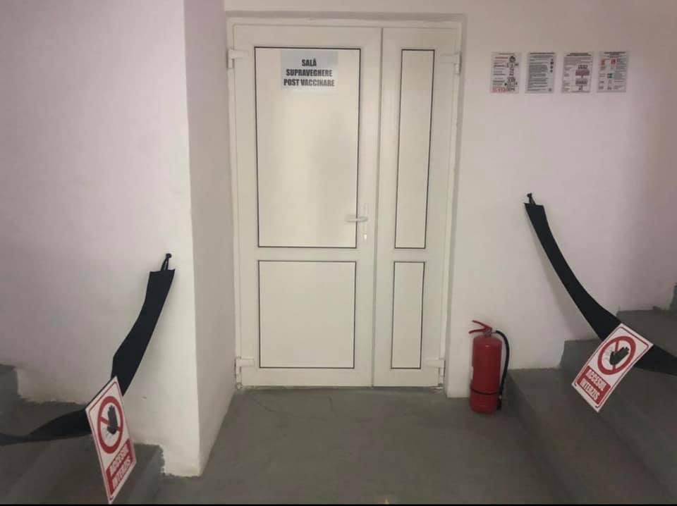 Centrul de vaccinare de la Sala Sporturilor (Mediaș), amenajat