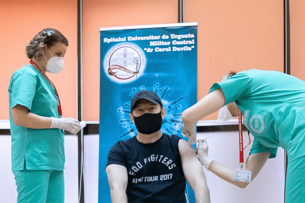 Premierul: Vom încerca să producem vaccinul anti-Covid în România