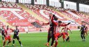 Partida dintre FCH - UTA s-a terminat 1-1I Sibienii au avut un gol anulat