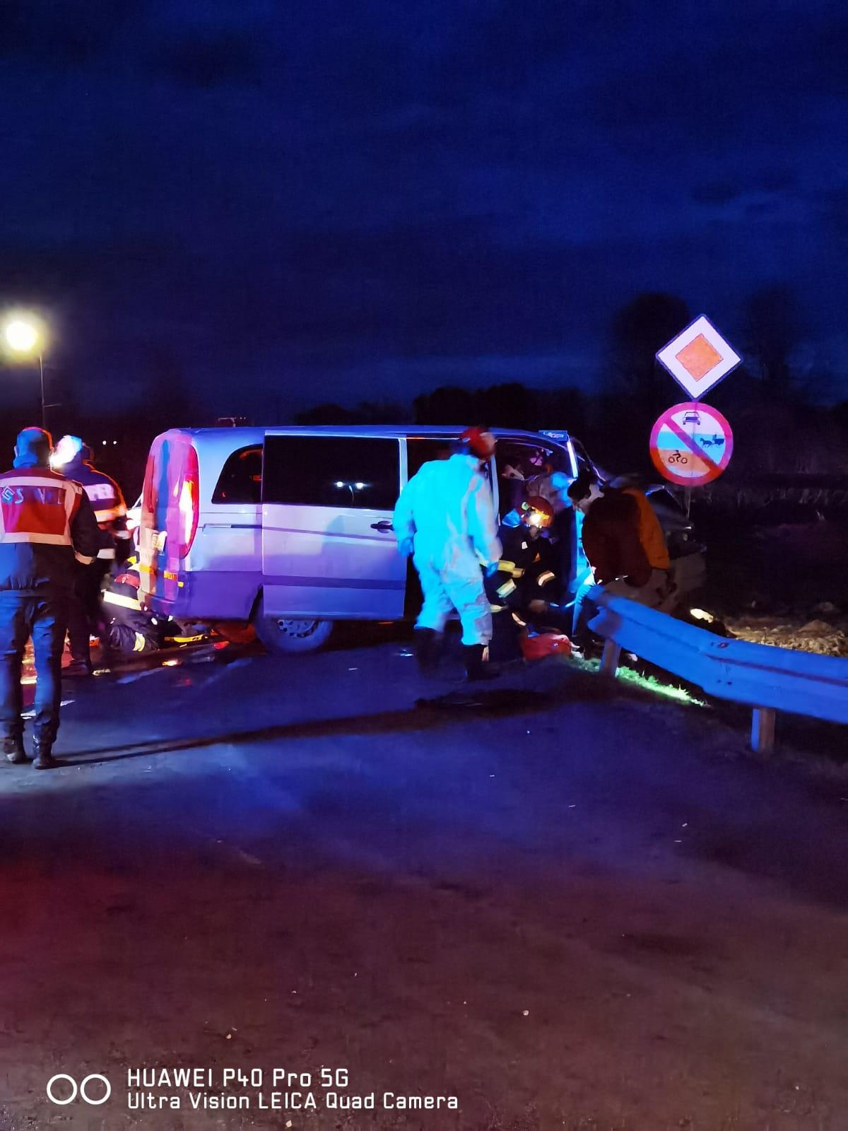 Accident grav în localitatea Avrig- 2 persoane încarcerate