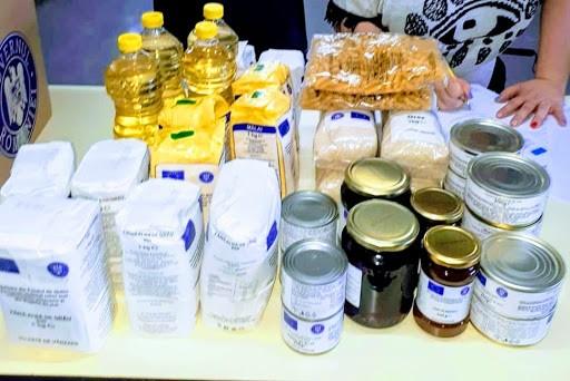 Peste 26.000 de pachete cu ajutoare alimentare vor ajunge la familiile defavorizate din județ