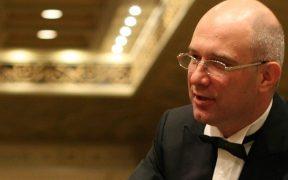 """Prim flautistul Filarmonicii """"George Enescu"""" va concerta pe scena Filarmonicii de Stat Sibiu"""