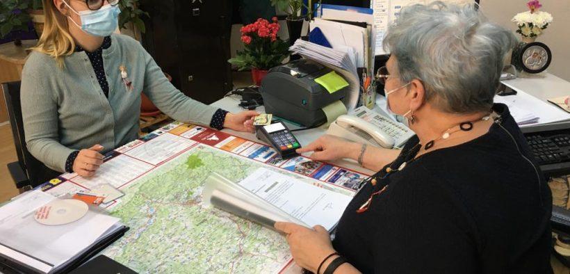 Din 1 martie, cetățenii pot plăti cu cardul taxele percepute de Consiliul Județean Sibiu