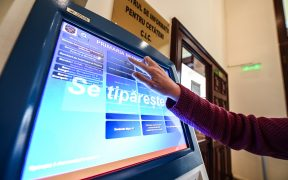 Chioșc self-service pentru tipărirea tipizatelor la Primăria Sibiu
