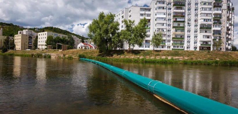 Consilierii PNL și FDGR, vor iniția și aproba luna aceasta, în comun realizarea unui sistem de colectare a gunoaielor de pe râul Cibin.